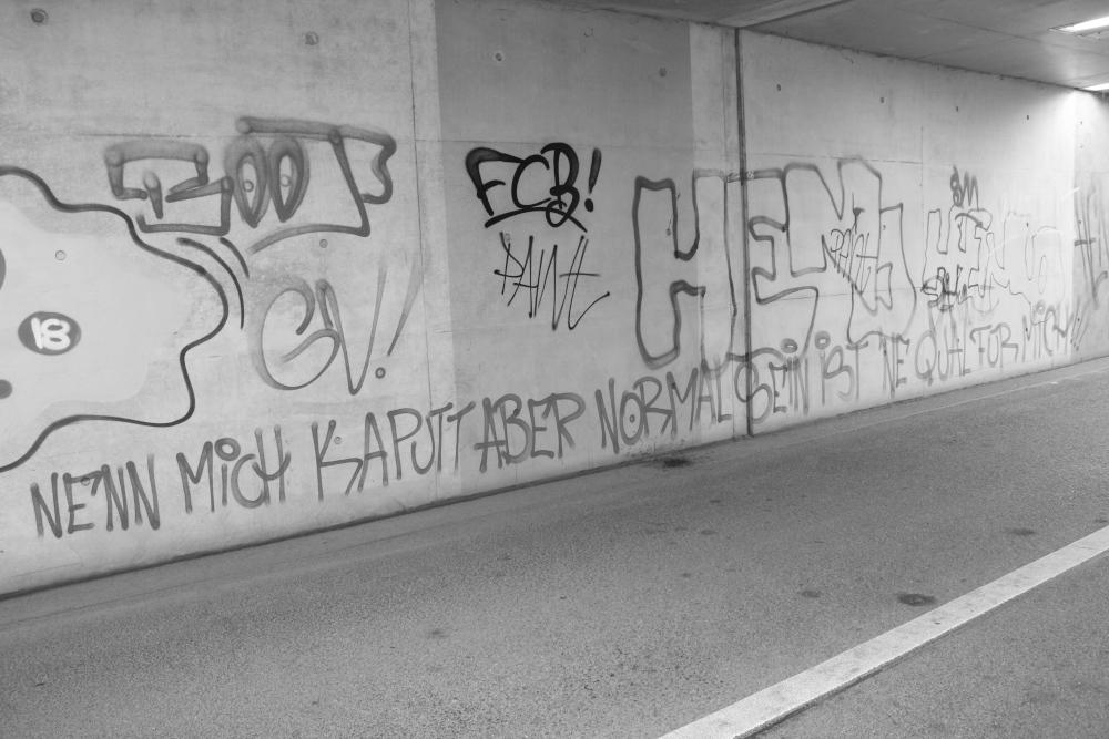Graffiti: Nenn mich kaputt, aber normal sein ist ne Qual für mich
